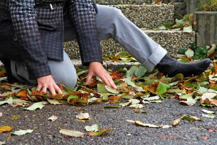 Tips for Avoiding Slip and Fall Accidents this Autumn